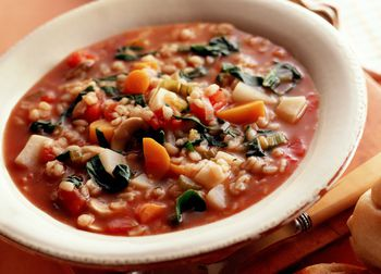 Try This Nourishing Tomato And Barley Vegetable Soup