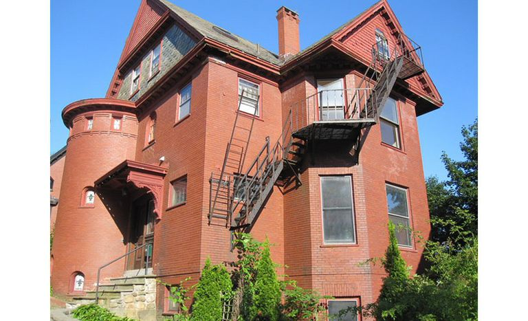 Homeowner's massive 1906 Brick Queen Anne Victorian