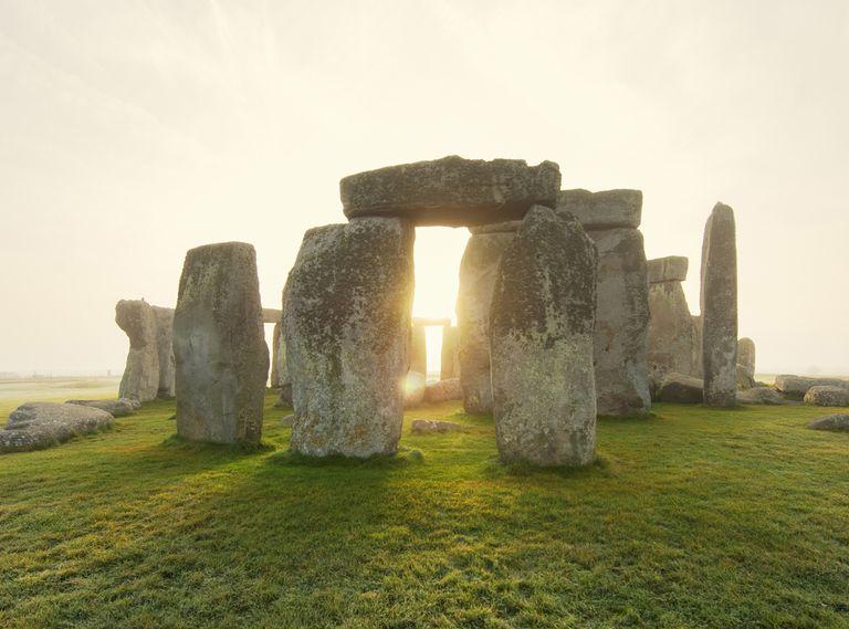 Resultado de imagem para circle of stones