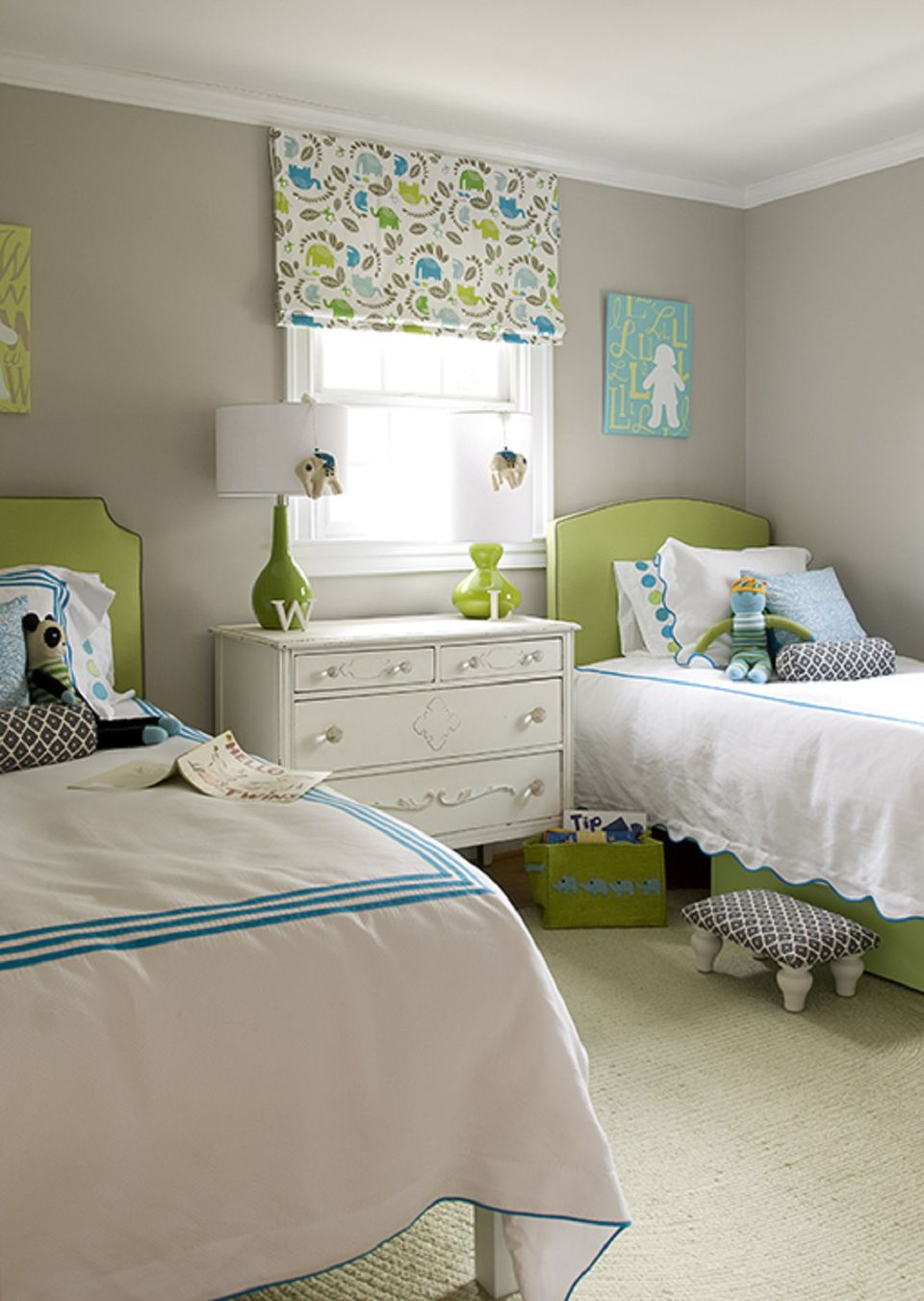 Ideas for decorating a little girl 39 s bedroom for Unisex bedroom inspiration