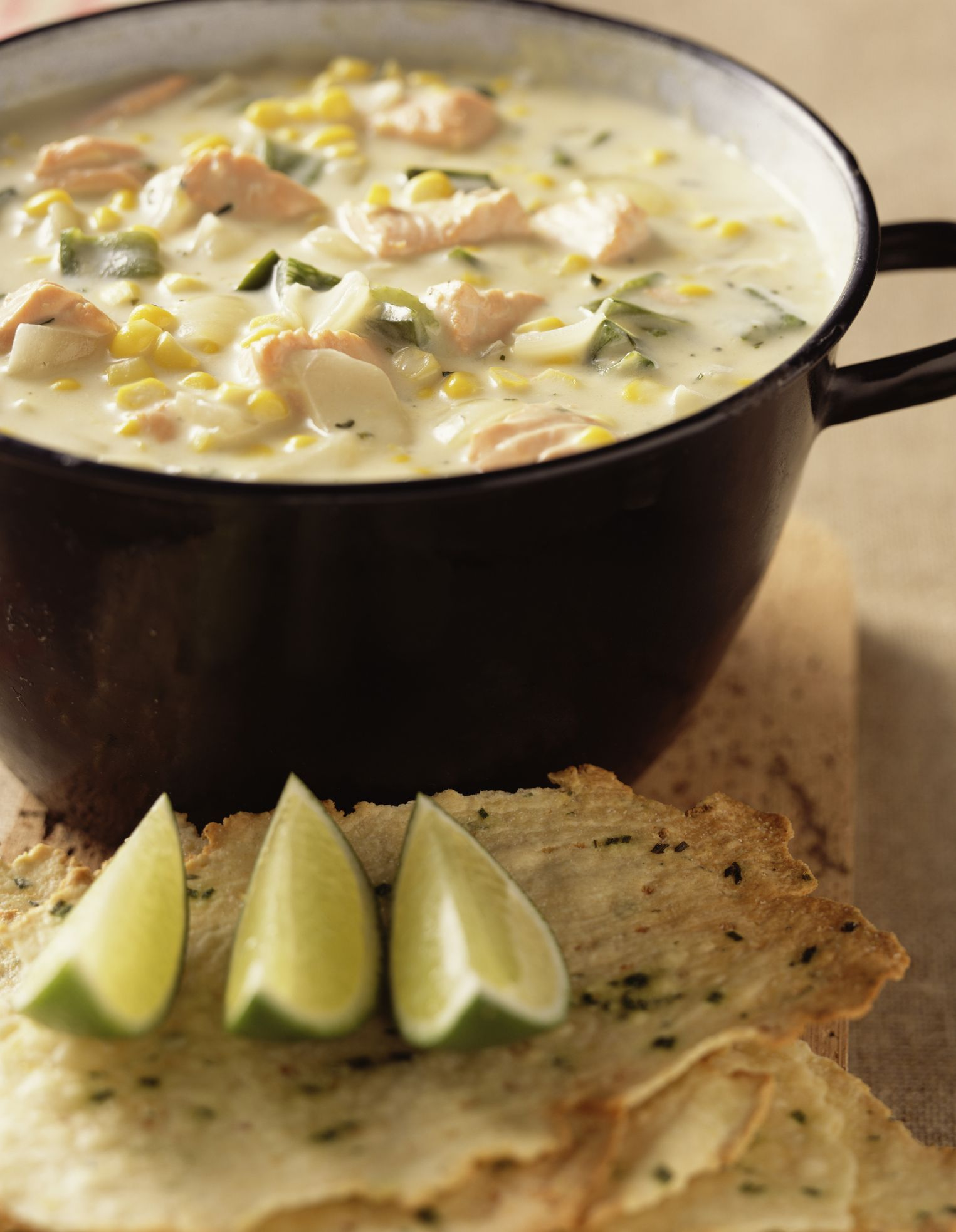 Crockpot salmon chowder recipe for Crockpot fish chowder