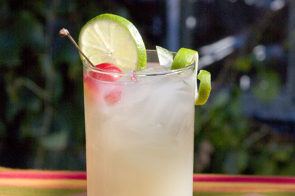 The Classic Paloma Cocktail Recipe With Tequila