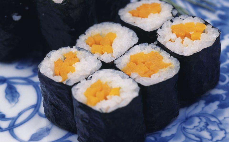Oshinko maki sushi