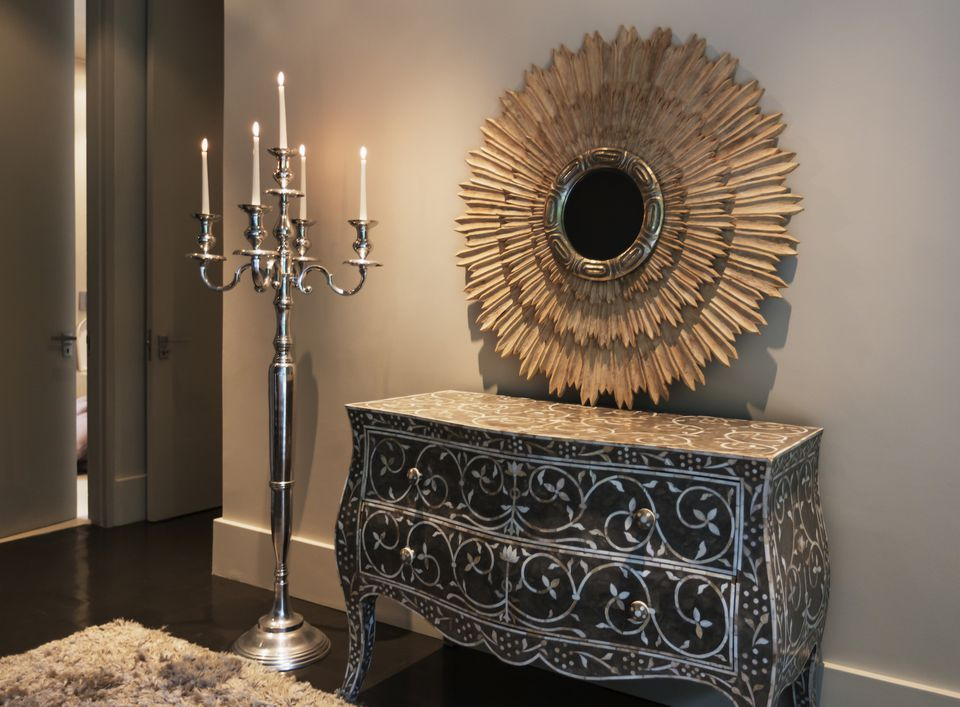 Feng Shui Mirror Placement Entrance