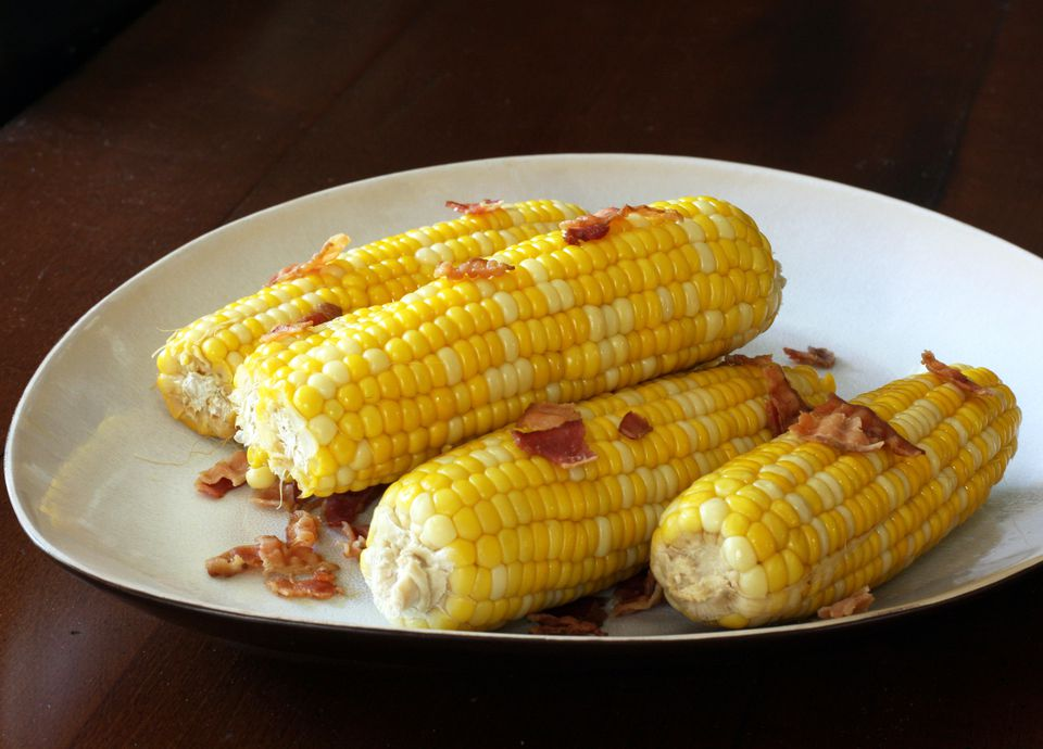 Slow Cooker Corn on the Cob With Bacon