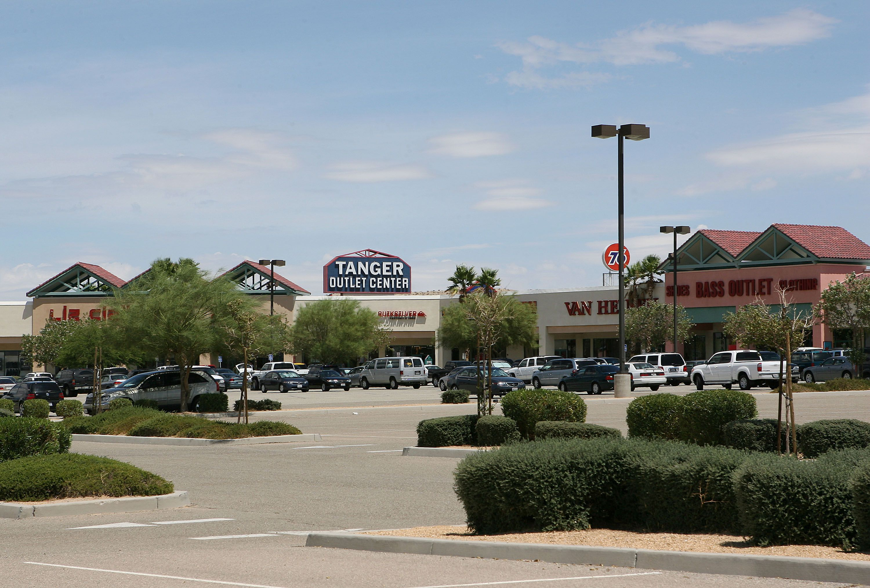 Tanger Outlets at Foxwoods takes your shopping trip to the next level by creating a shopping experience. With brands like Michael Kors, Calvin Klein, Brooks Brothers, Nike, H&M, Kay Jewelers, Gap Factory Outlet and many more, you can shop, but don't drop because there's always more to .