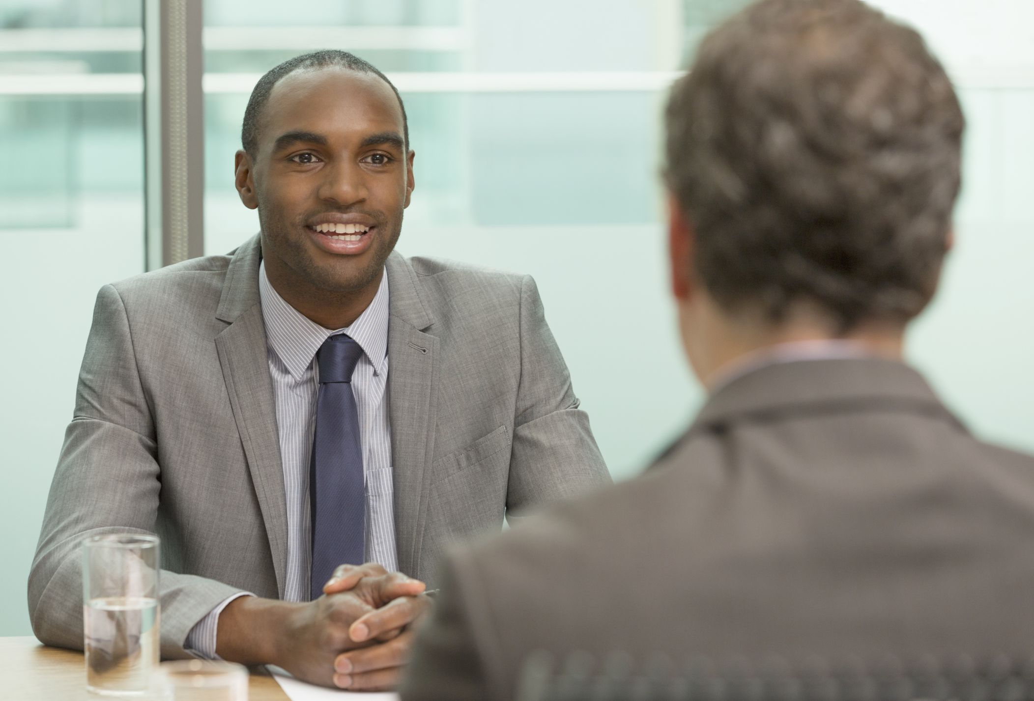 12 tips for connecting with your interviewer - Facing An Interview Tips And Techniques