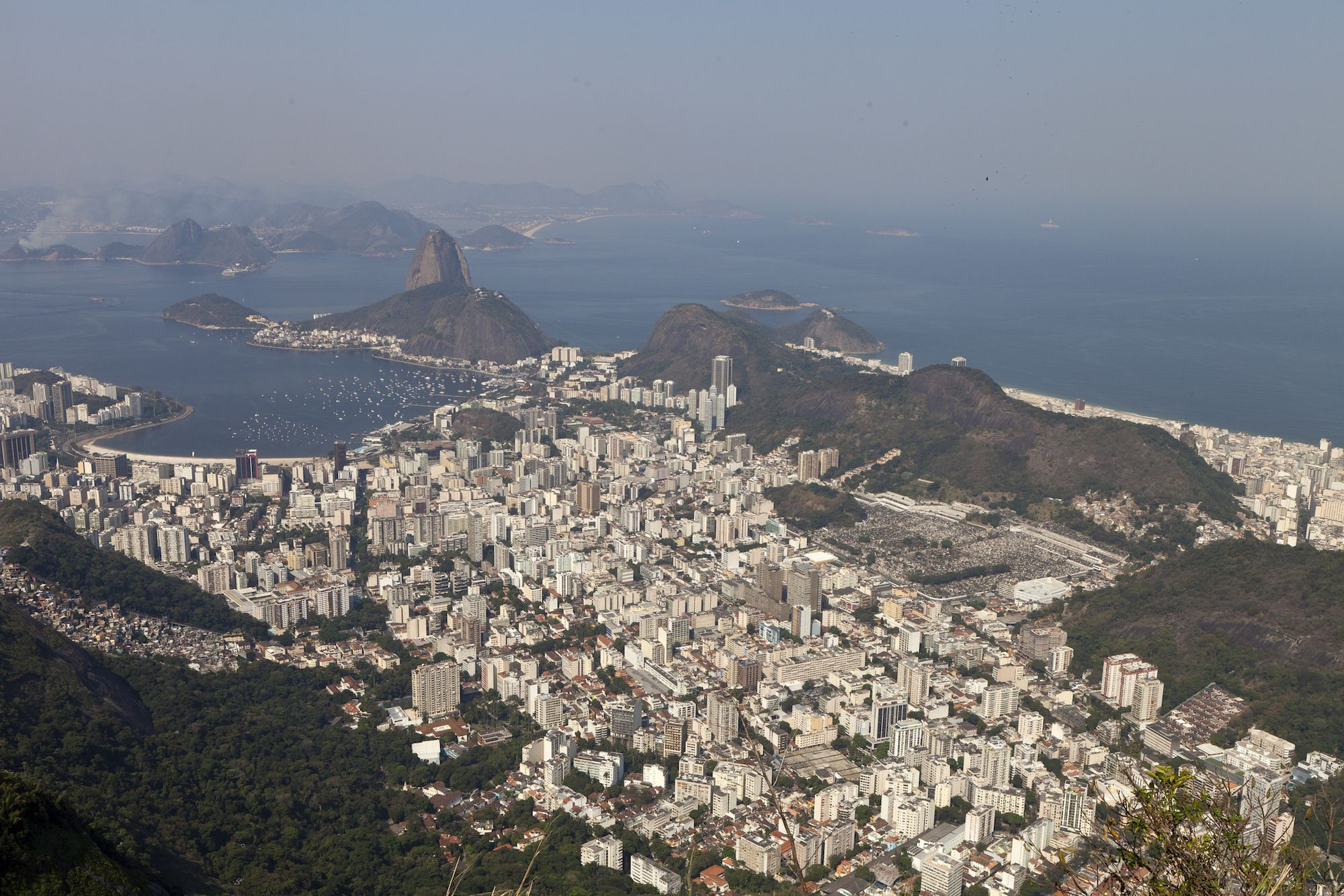 a geography of brazil Lara – a view of brazil p 2 of 18 introduction and summary this is a curriculum unit about brazilian culture, geography, legends, and food for educators.