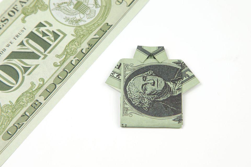 Easy Origami Dollar Shirt Tutorial 00
