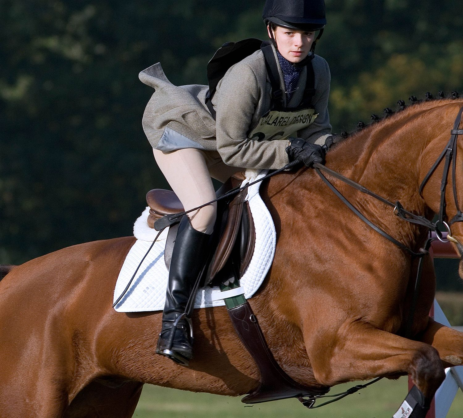 choosing safe horseback riding boots
