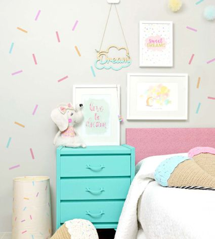 24 Wall Decor Ideas for Girls  Rooms. Ideas for Decorating a Little Girl s Bedroom