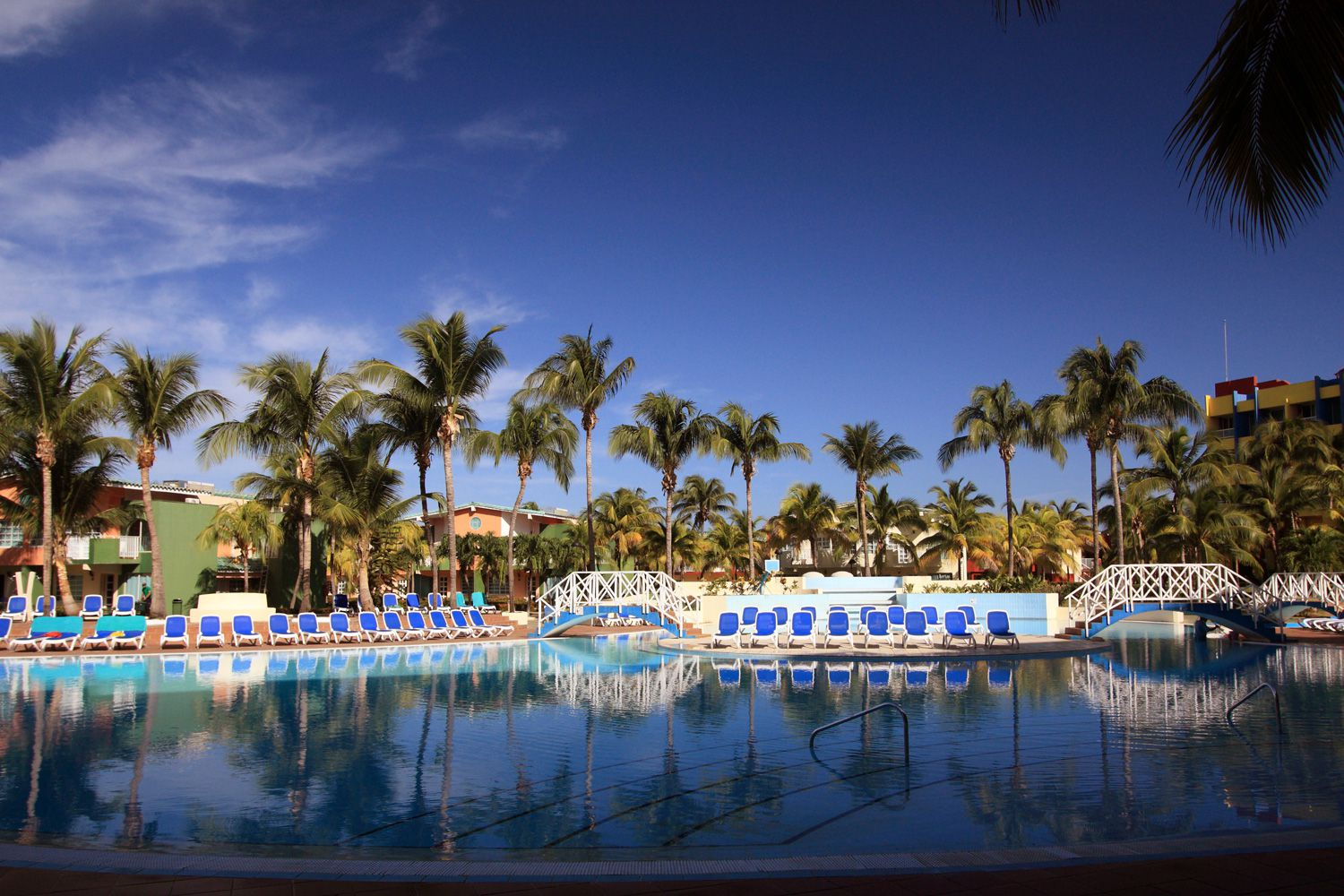 Top caribbean all inclusive hotel and resort chains for Number one all inclusive resort