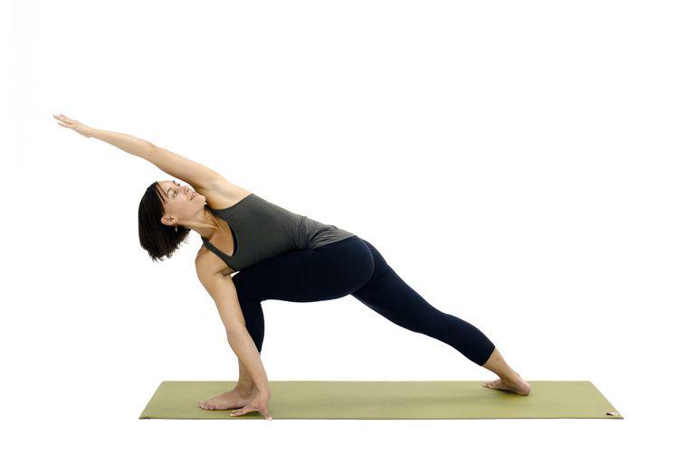 How to do Revolved Side Angle - Parivrtta Parsvakonasana