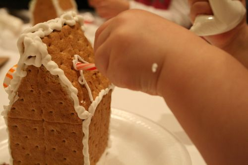 easy gingerbread houses, graham cracker gingerbread house, pattern, design, construction, small, cra