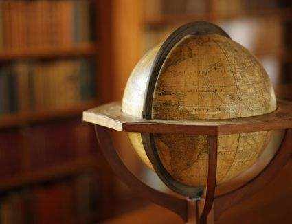 Learn to refurbish a vintage globe