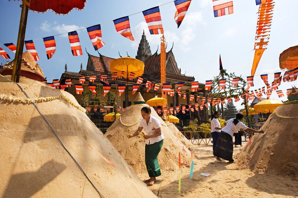 Sand stupas in Cambodia for the Khmer New Year