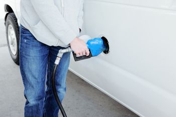 How to Use a Gas Mileage Calculator