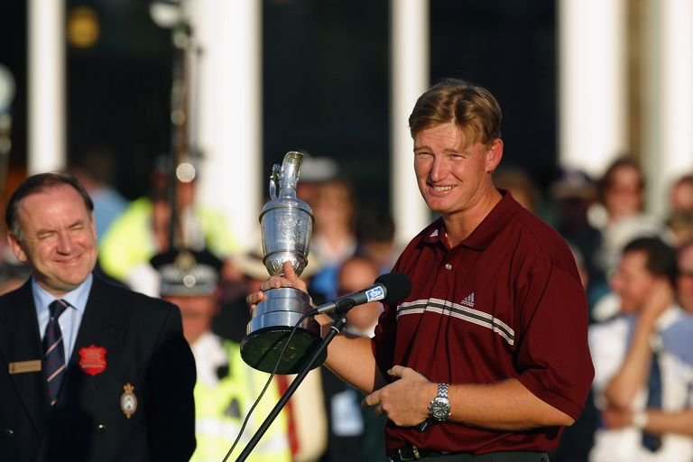 Ernie Els makes his victory speech as Peter Dawson looks on after the 2002 British Open at Muirfield