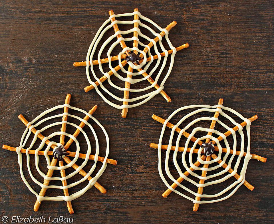 Pretzel Spiderwebs Candy