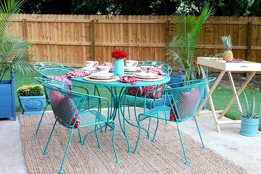 14 Best Outdoor Decorating Ideas For Small Spaces