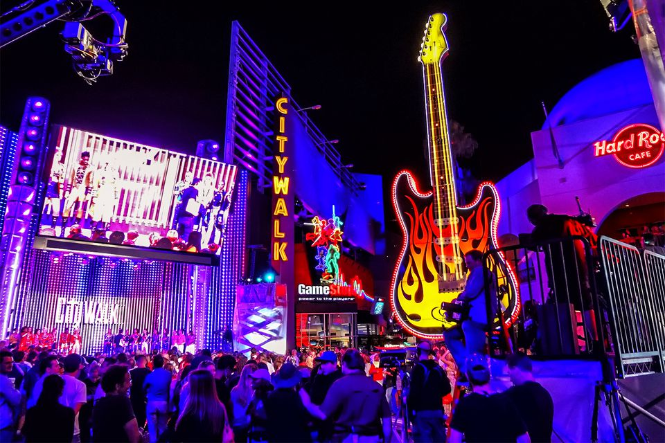 citywalk hollywood los angeles   why to go   why not to