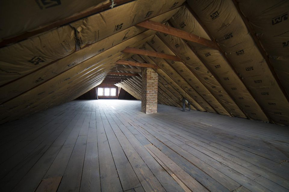 How to assess your attic storage potential empty attic with insulation on roof solutioingenieria Images