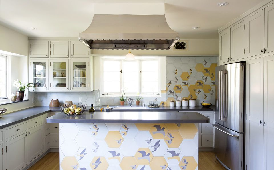 birdy tile in kitchen
