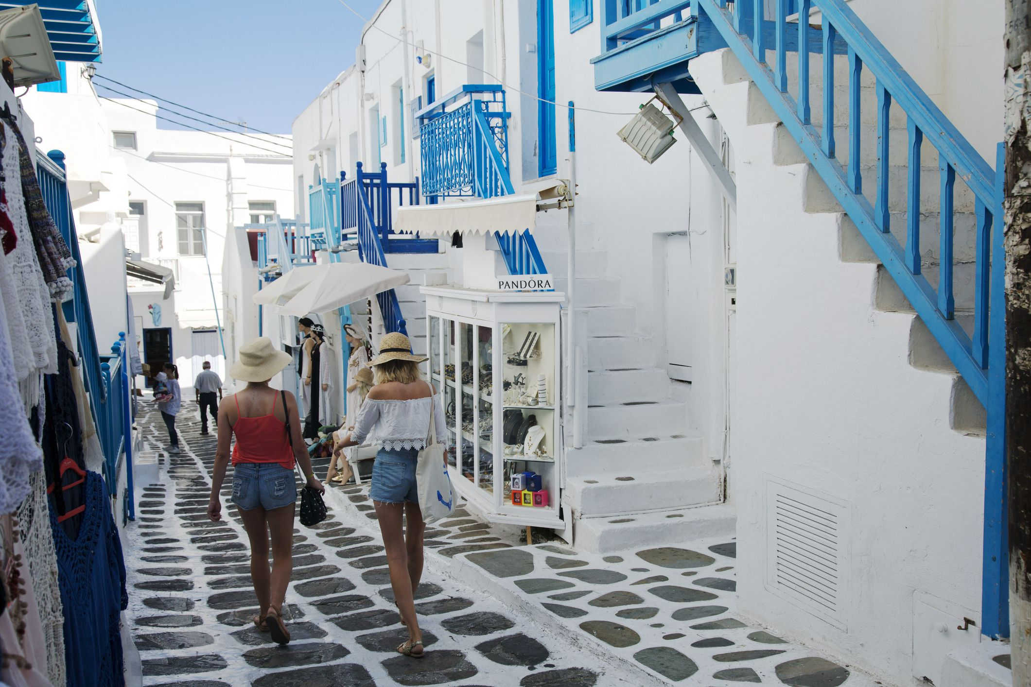 how to pack light for greece  tips for women
