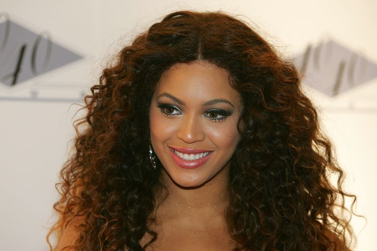 Lace Front Wigs: Good and Bad Examples