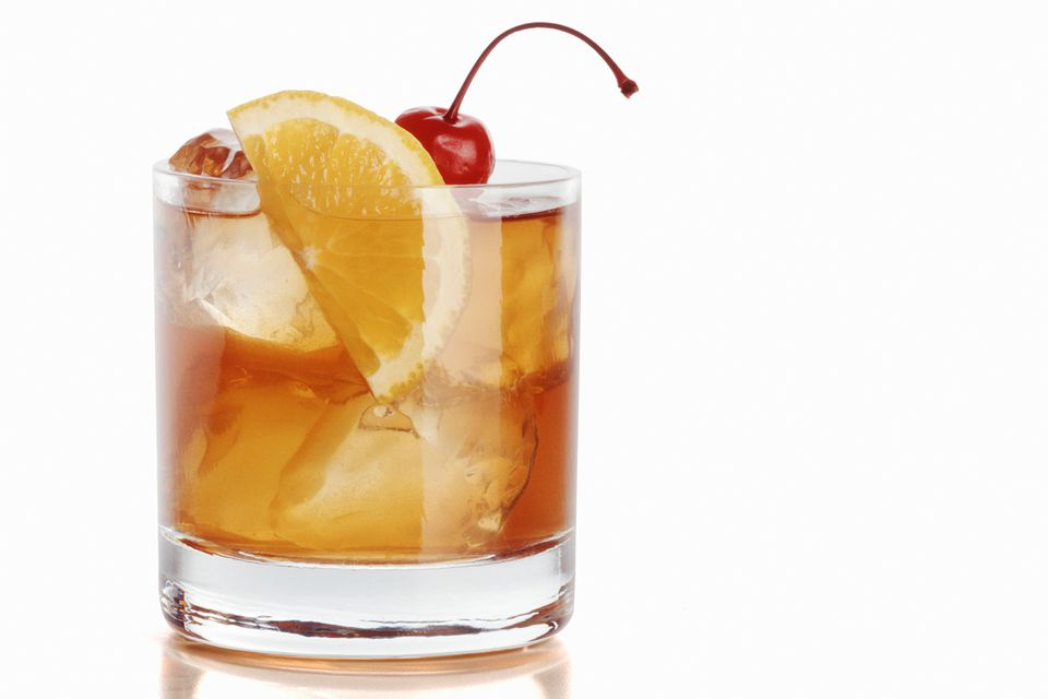 Vieux carre cocktail an essential rye whiskey recipe for Most popular whiskey drinks