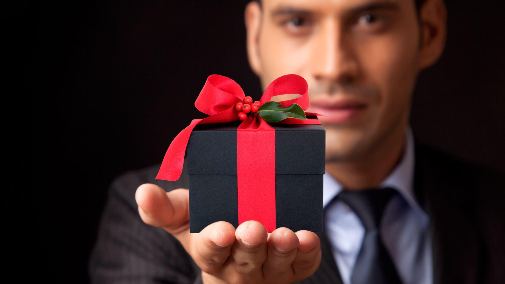 Подарок свекрови на день
