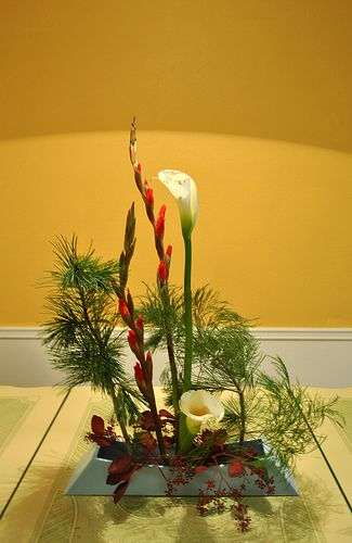 Japanese Ikebana Arrangements For Christmas