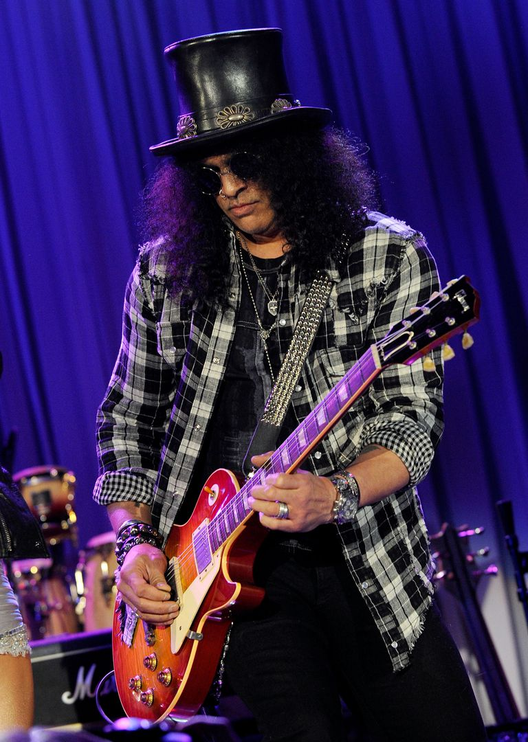 slash guitarist