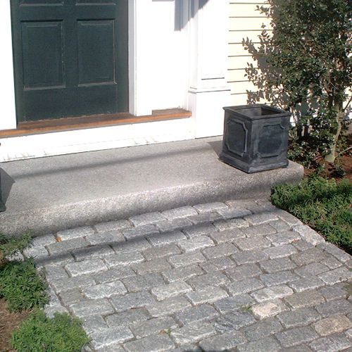 Picture of a cobblestone walkway.
