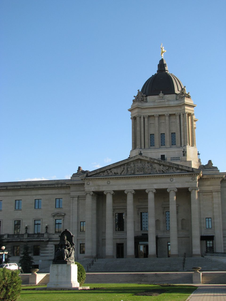 Manitoba_Legislature_Building.JPG