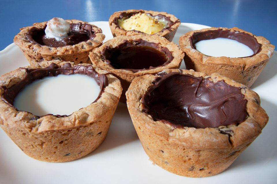 Create your own edible chocolate chip cookie shot glasses