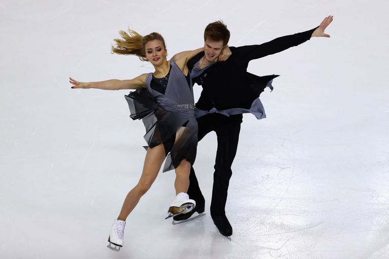 Which Pairs Figure Skating And Ice Dancing Couples Are: Ice Dancing And Pair Skating Differences