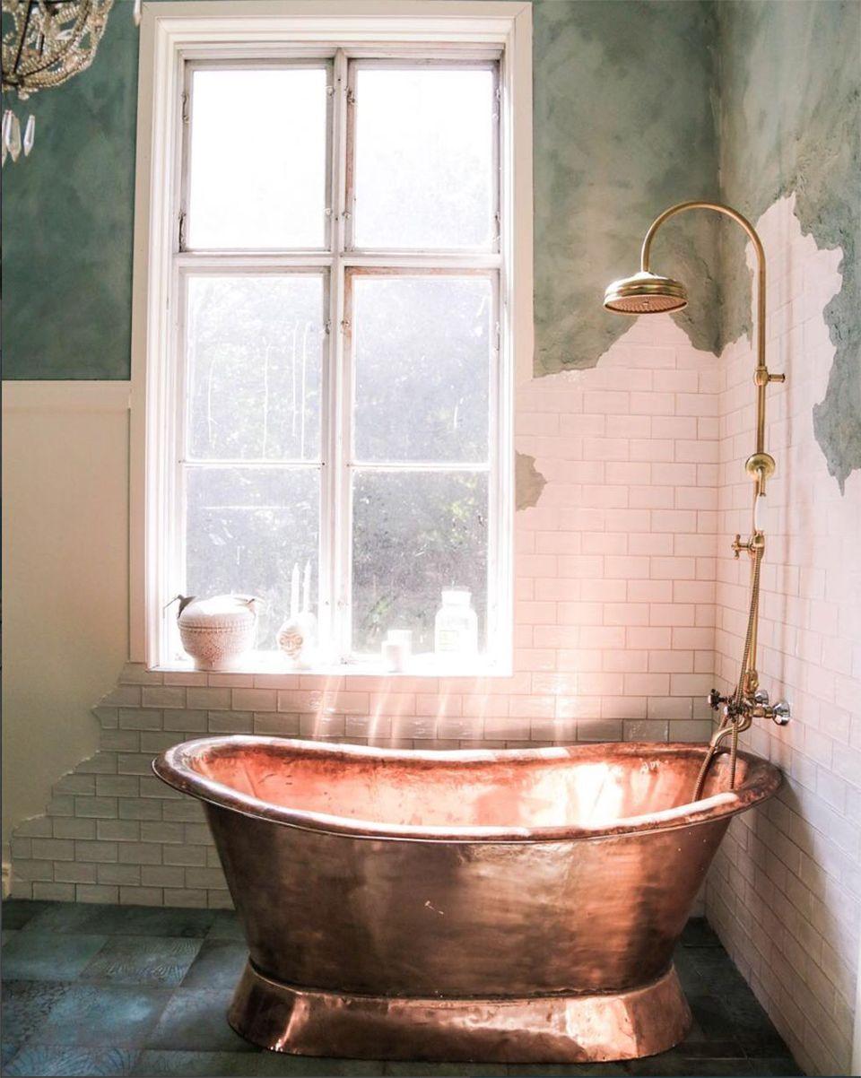 pedestal freestanding tub bathtub style