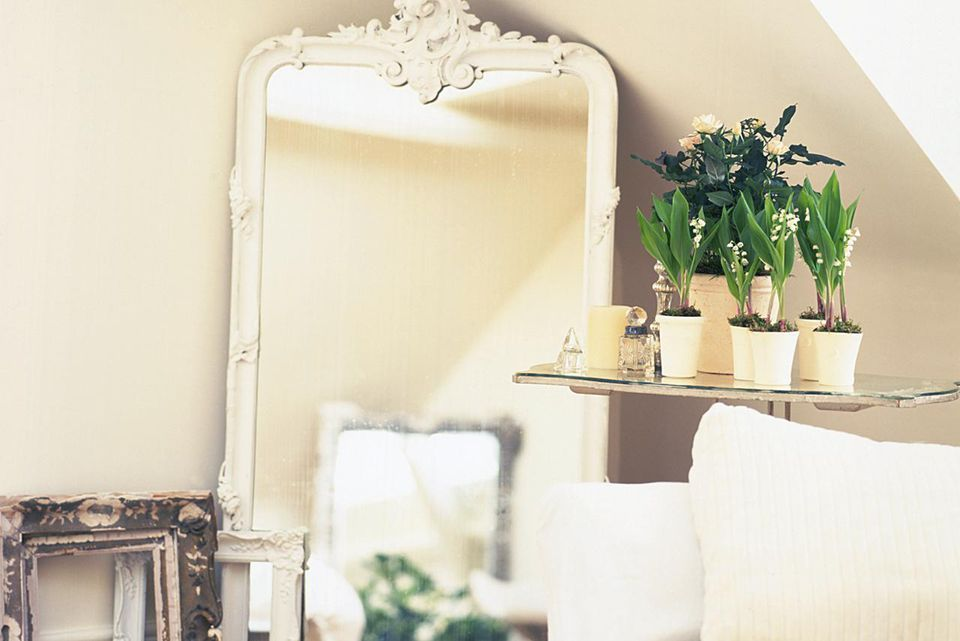 Create Good Feng Shui In A Small Studio