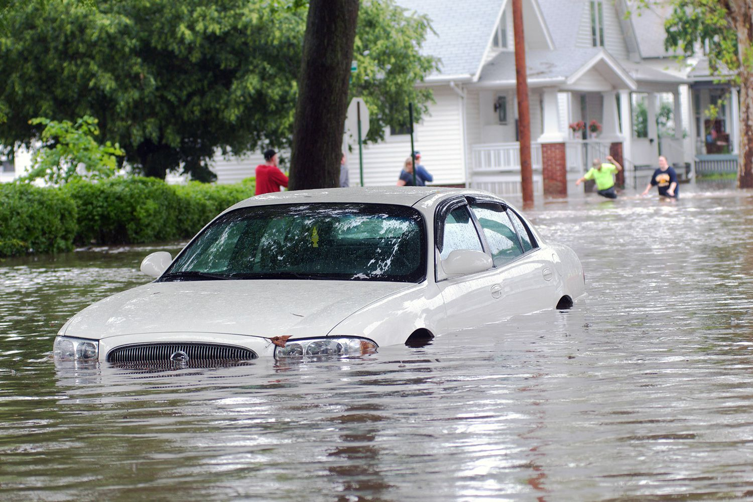 Ten Steps To Follow If Your Car Is In A Flood