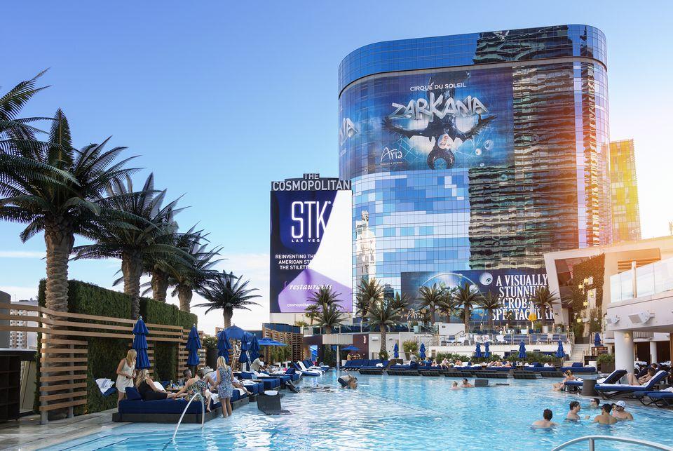 Las Vegas, Swimming Pool at The Cosmopolitan Hotel