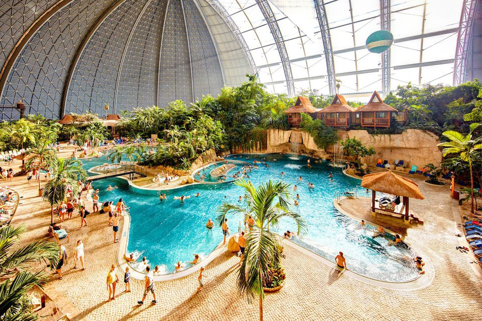 The biggest indoor waterparks in the world - Campsites in holland with swimming pool ...