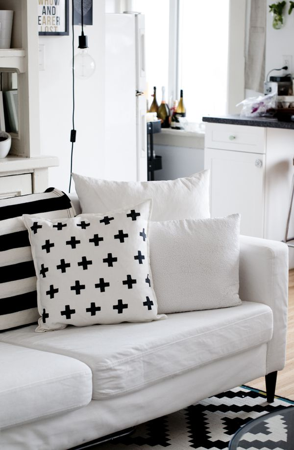 DIY Potato Stamped Pillow