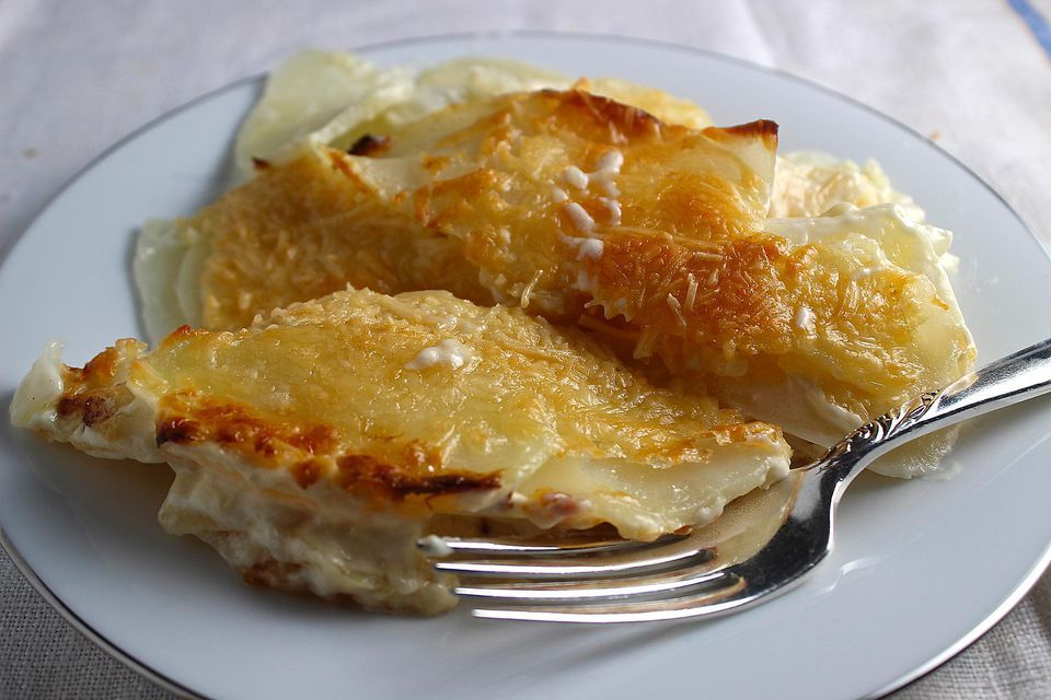 Potatoes Grand Mere - Easy and Delicious Scalloped Potatoes for Easter