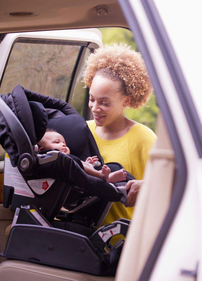 C mo instalar la silla de auto para beb reci n nacido - Las mejores sillas de auto para bebes ...