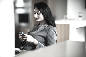 business woman on smartphone
