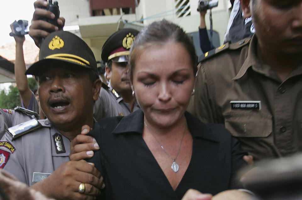 Indonesian police escort Schapelle Corby