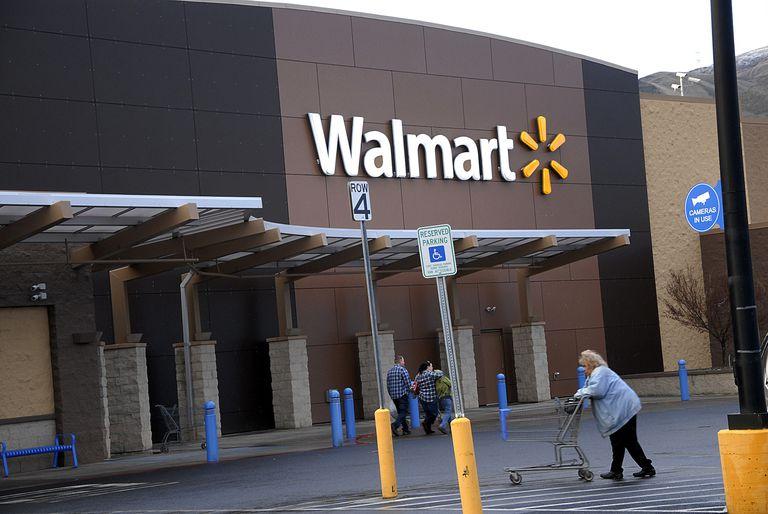 Walmart mega store ,Clarkston,Washington, USA