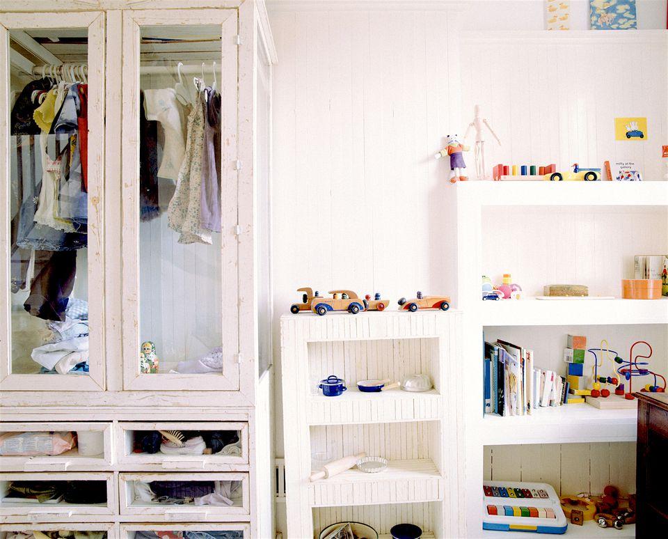 decluttering kids closets ideas