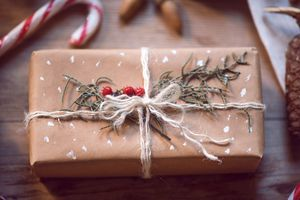 how-to-avoid-overspending-during-the-holidays
